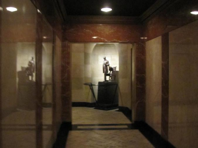 Not a clear photo, but this shows the hall leading to the tomb.