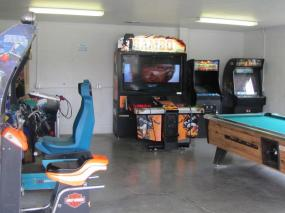 Arcade/game room